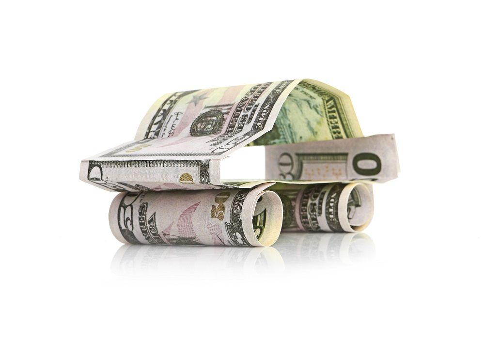 Rodzaj kredytu bankowego udzielany przez bank lub inną instytucję upoważnioną, przeznaczony na zakup pojazdu – najczęściej samochodu, zarówno nowego, jak i używanego. Według definicji GUS jest to kredyt przeznaczony na zakup nowego lub używanego środka transportu, który posiada ważny dowód rejestracyjny. Zabezpieczeniem jest cesja zapisana w dowodzie rejestracyjnym. Zabezpieczeniem kredytu, jest zwykle pojazd na którego zakup udzielono kredytu. Zwykle kredytodawca zapisuje w umowie kredytowej również obowiązek zapewnienia przez cały okres kredytowania polisy autocasco na kredytowany pojazd wraz z cesją praw do ewentualnego odszkodowania na udzielającą kredytu instytucję.